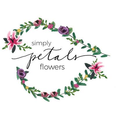 Square simple petals flowers logo 1